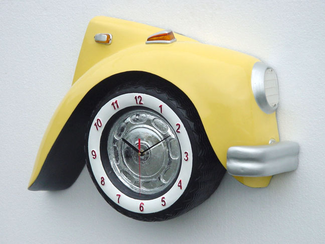 V-Car Clock Yellow