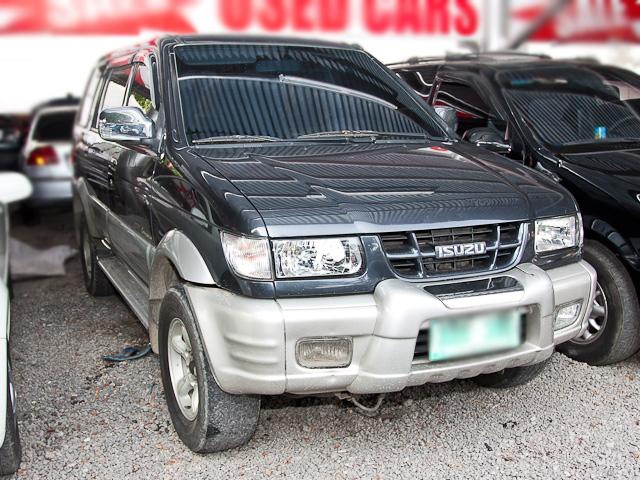 Isuzu Crosswind car