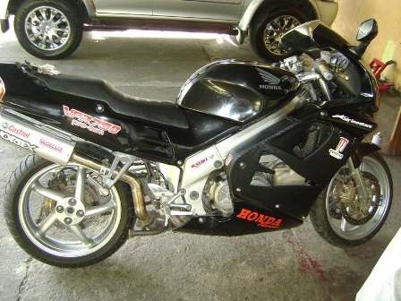 Buy Honda VFR750 VTWIN PRO-ARM 1995 motorcycle
