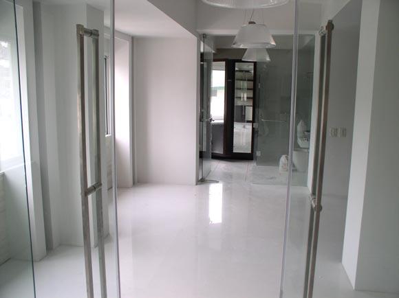 Buy Floor in White Linen slabs