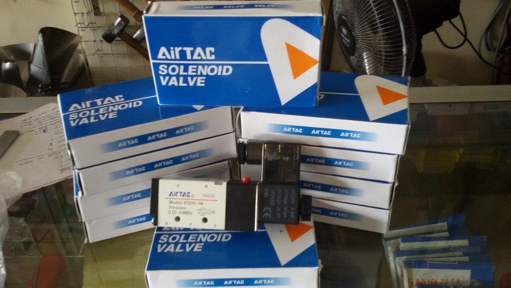 Buy Airtac 4V210-08 solenoid valve