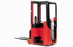 E-Trucks E 10 Stand-on Electric Counterbalance