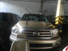 Toyota Sequoia car