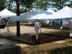 Large Center-Peak Tent