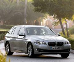 BMW 520i Touring F11 series car