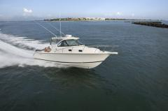 Pursuit Offshore OS 315 boat