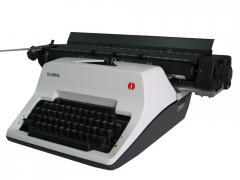 Typewriter Olympia SG3