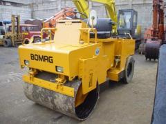 Bomag BW123 road roller