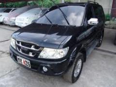 Isuzu Crosswind XT car