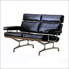 Herman Miller Classic Sofa