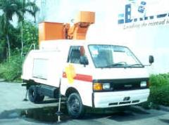 Mazda Bongo Manlift Truck