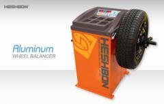 Wheel Balancer (Digital-Split weight) HW-103