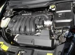 XC90 2.4 D5 engine