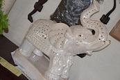 Elephant figuurie with light