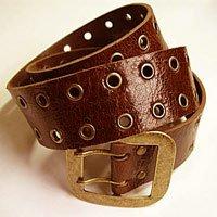 Belt on the waist.