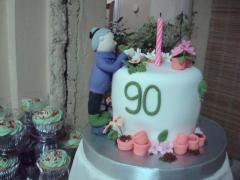 Cake anniversary.