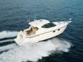 Tiara Sovran 3500 boat